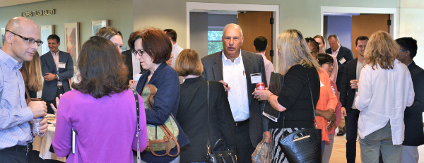 Networking in NCBiotech galleria
