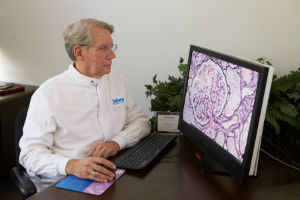 LabCorp pathologist uses Philips IntelliSite Pathology Solution